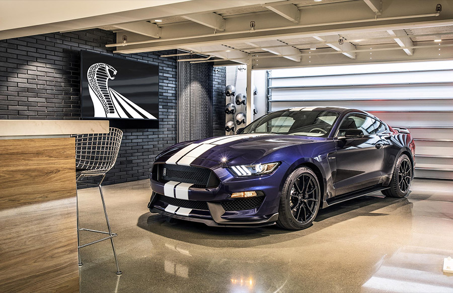 2019 Shelby GT350 Road Racing Experience