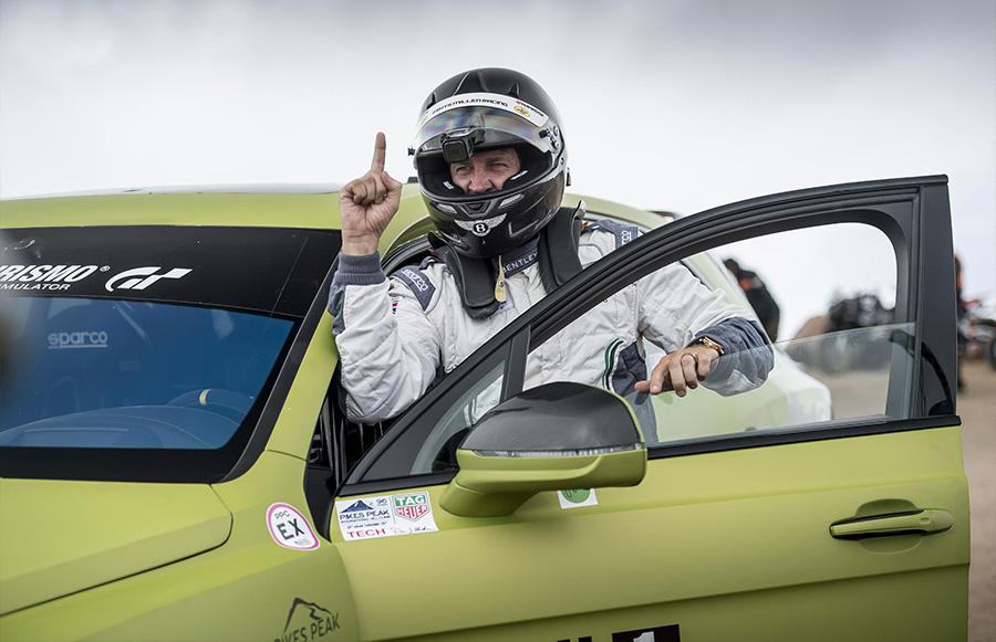 Bentley Bentayga Pikes Peak Suv Record