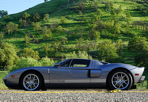 2005 Ford GT Thumbnail