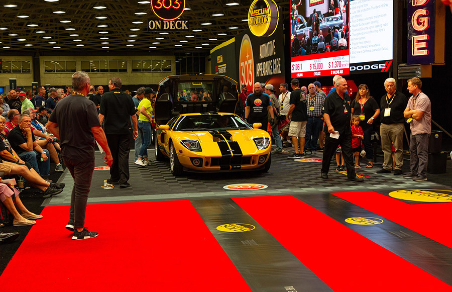 Mecum Dallas 2017 Ford GT Sold