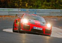 Porsche 911 GT2 RS MR Nürburgring Record