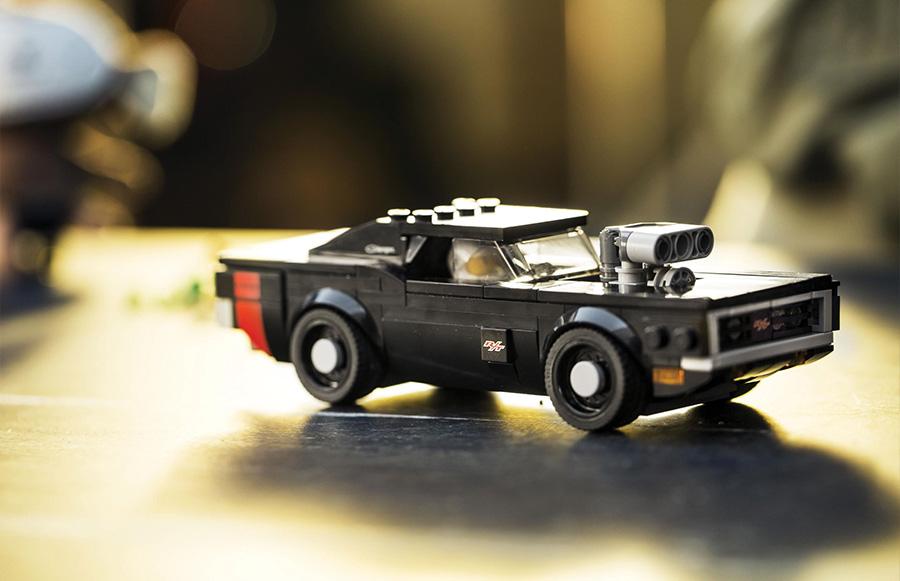 Dodge SRT LEGO Speed Champions Building Set