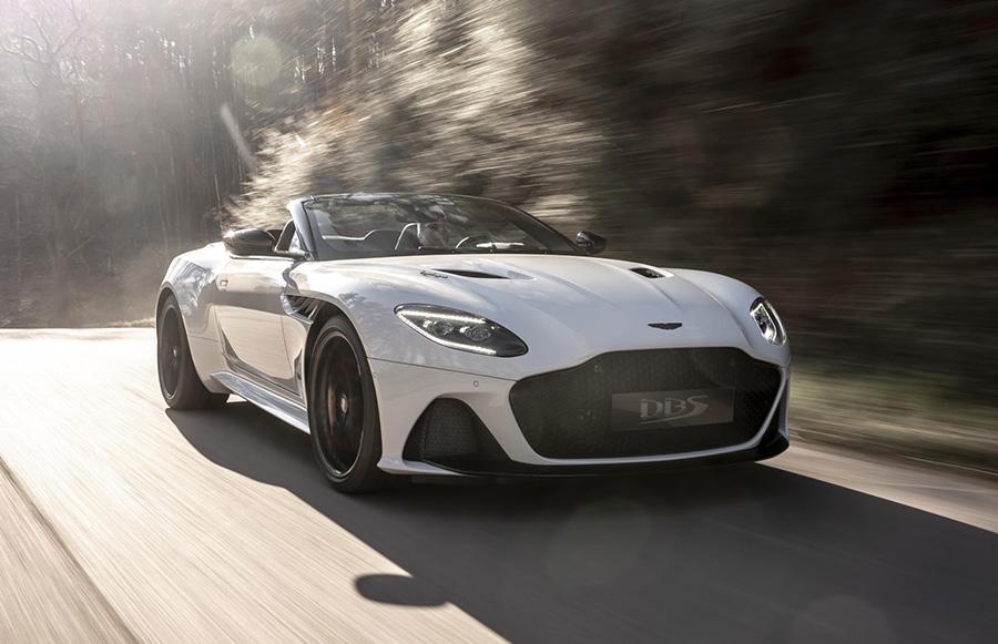 New Aston Martin Dbs Superleggera Volante Has A V12 And Top Speed Of 211mph