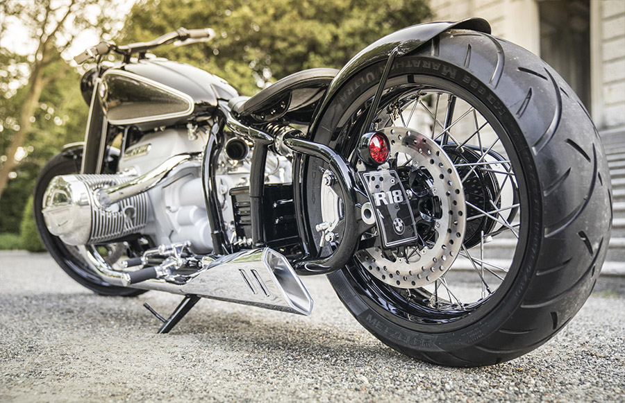 BMW Motorrad Concept R18 Custom Bike