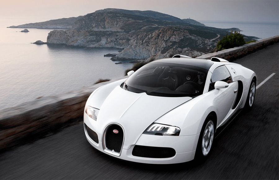 Bugatti Veyron Hyper Sports Car 4