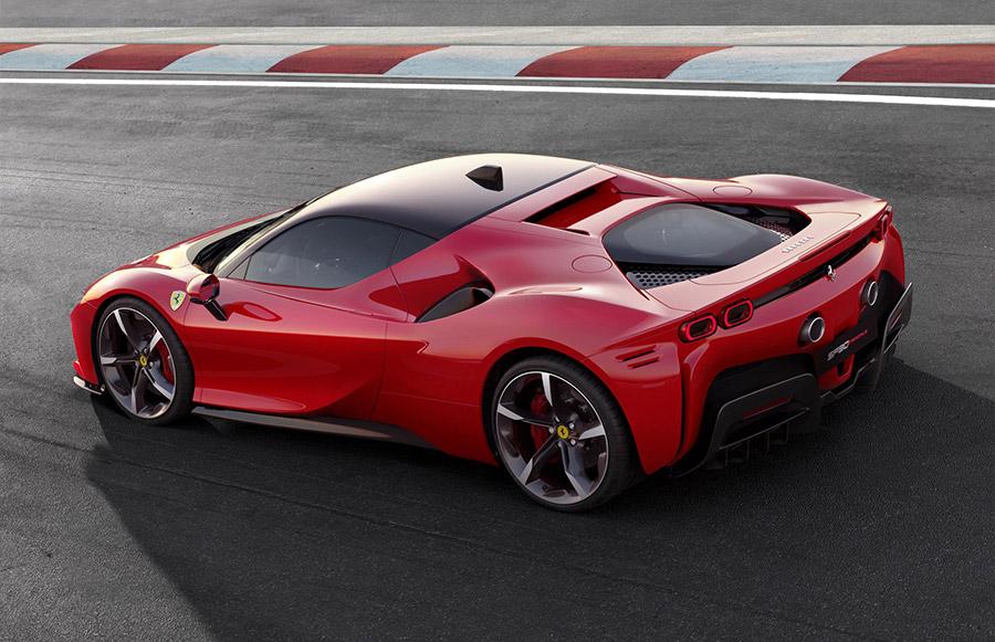 Ferrari SF90 Stradale 2