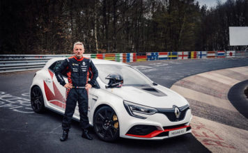 Renault Mégane R.S. Trophy-R Nurburgring Track Record