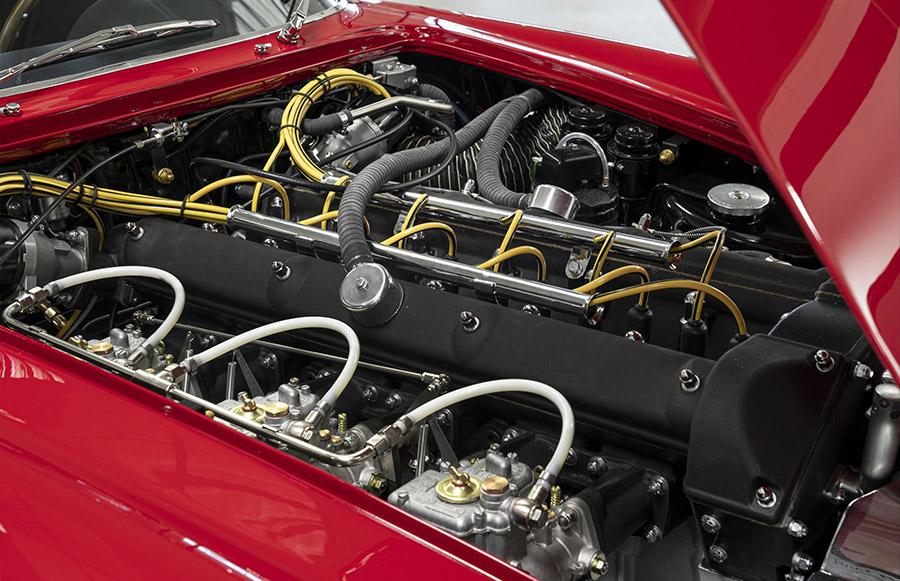 Aston Martin DB4 GT Zagato Continuation 7