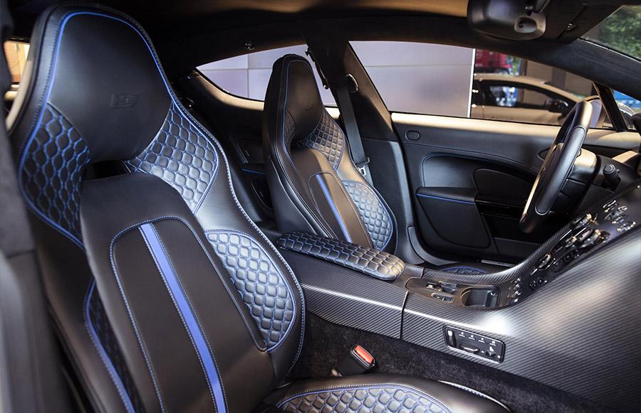 Aston Martin Lagonda 8