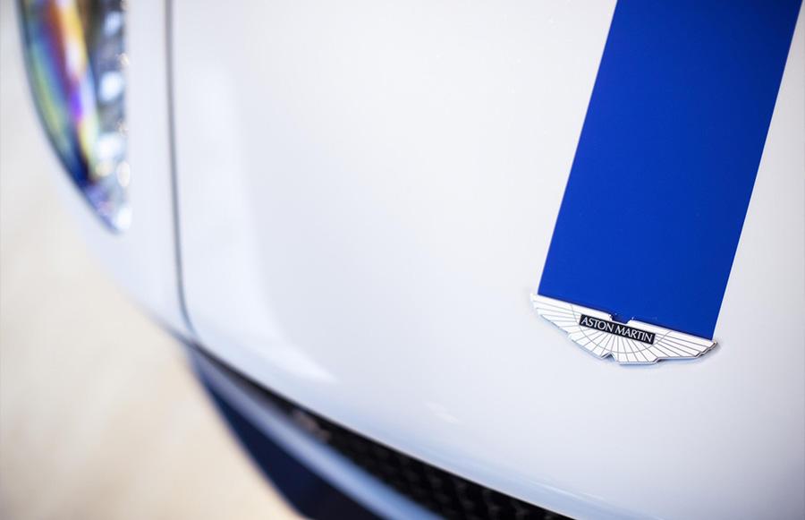 Aston Martin Lagonda 9