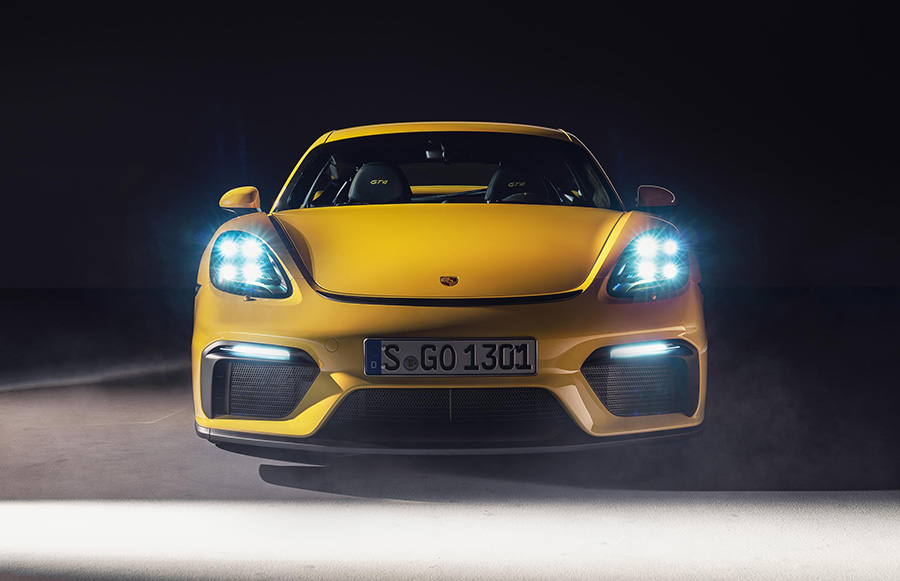 Porsche 718 Cayman GT4 and Spyder 6