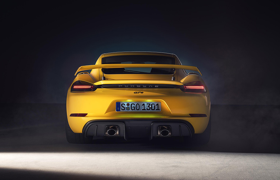 Porsche 718 Cayman GT4 and Spyder 8