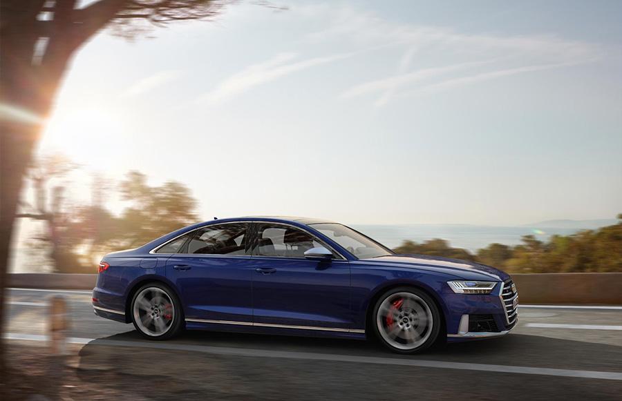 Audi S8 Active Suspension 3