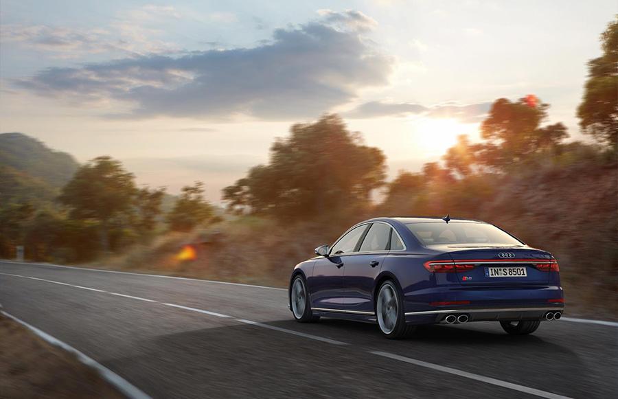 Audi S8 Active Suspension 4