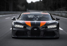 Bugatti Chiron Breaks 300 MPH Barrier