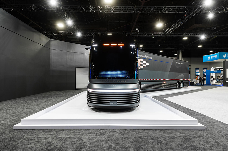 Hyundai Hydrogen-Powered Commercial Truck Concept