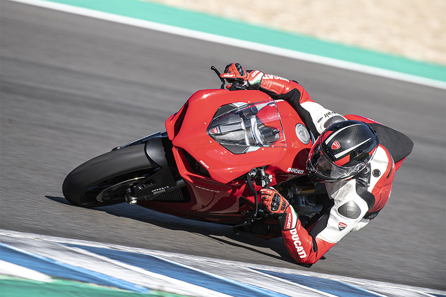 Ducati Ready 4 Red Tour