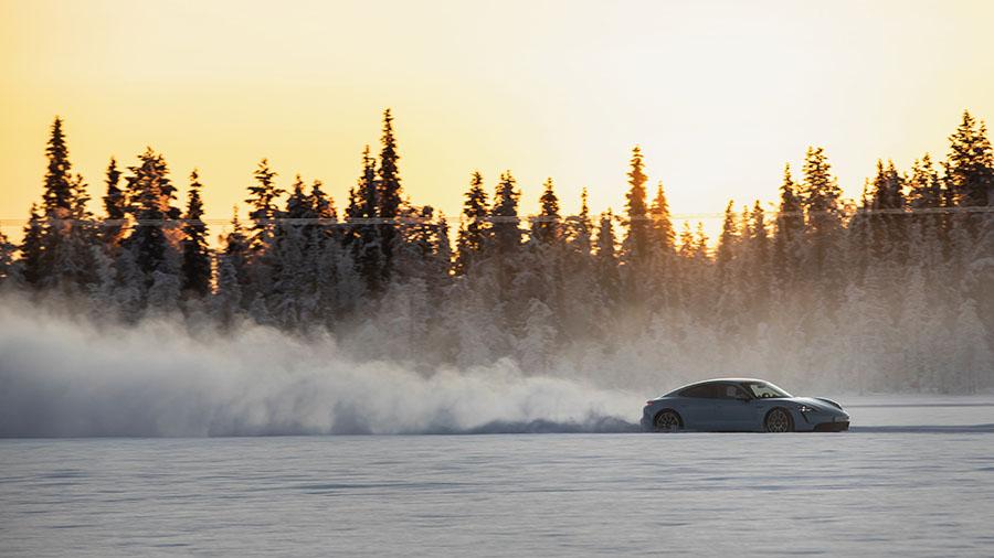 Taycan Porsche Experience Center Levi Finland