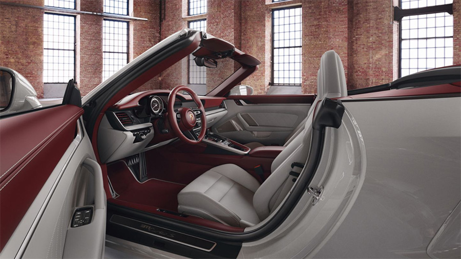 Porsche 911 Two-Toned Leather Interior