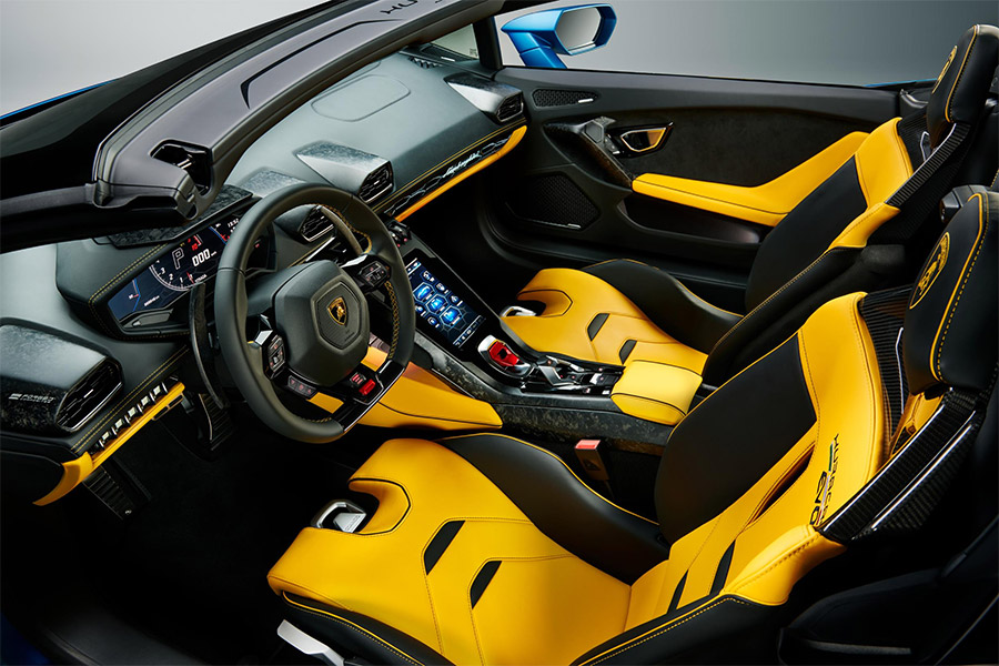 Lamborghini Huracán EVO Rear-Wheel Drive Spyder Details