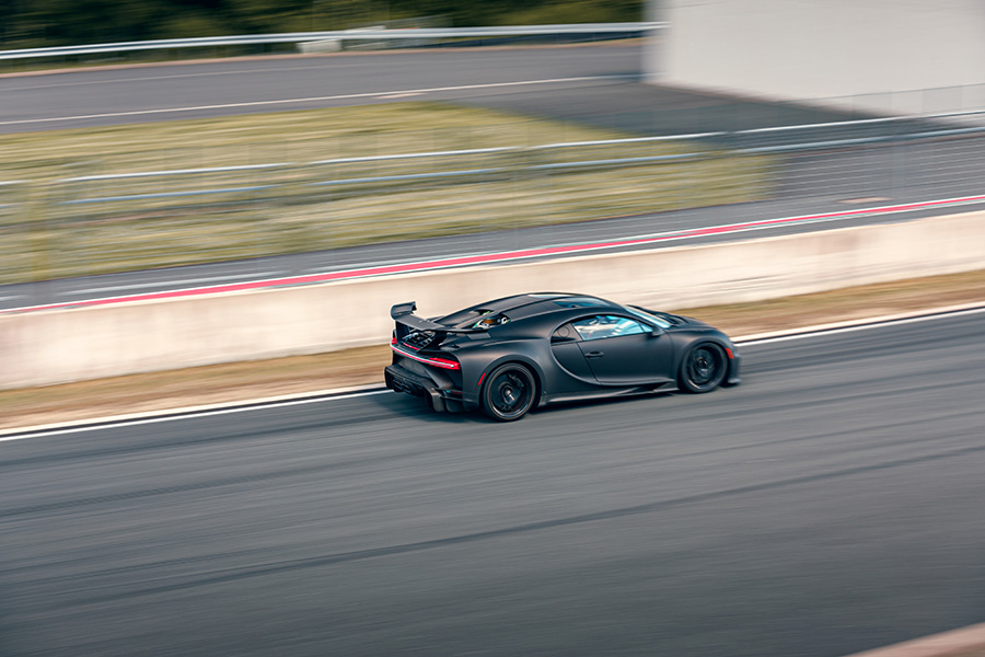 Bugatti Chiron Pur Sport Lap