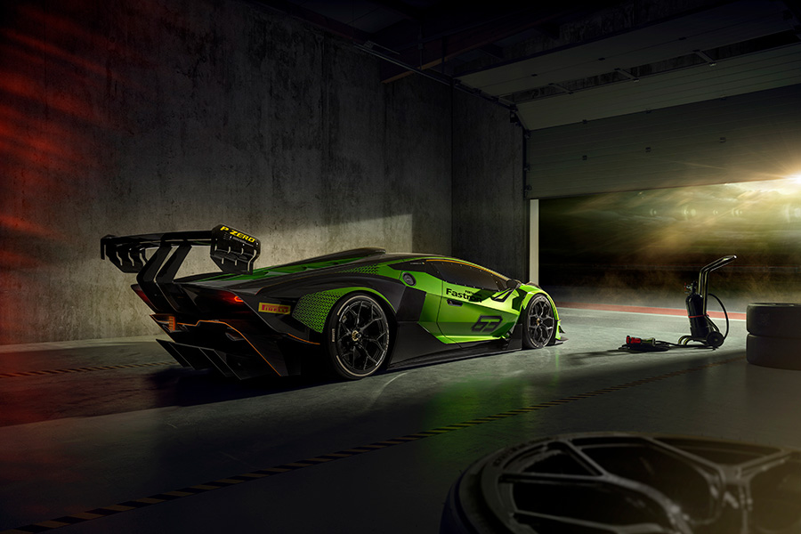 Lamborghini Essenza SCV12 Limited-Edition Track-Only Hypercar
