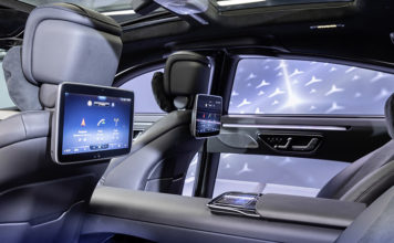 Mercedes-Benz S-Class DIGITAL User Experience