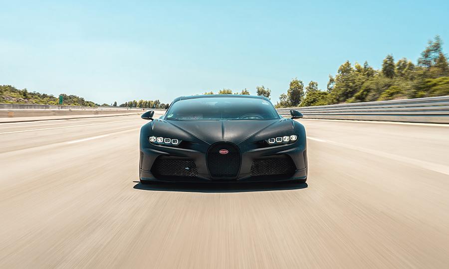 Bugatti Chiron Pur Sport and Super Sport 300+ Testing