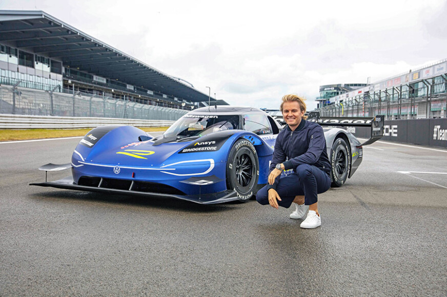 Nico Rosberg tests the electric Volkswagen ID.R