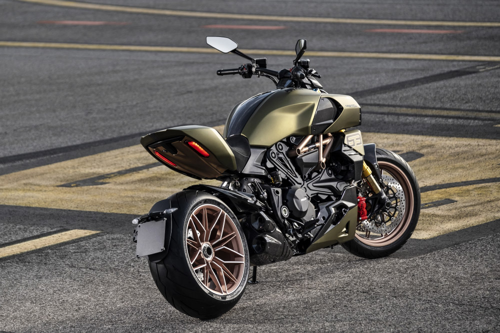 Ducati Diavel 1260 Lamborghini Siàn FKP 37