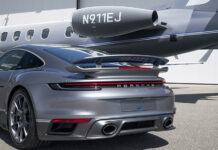 Embraer Business Jet Porsche 911 Turbo S