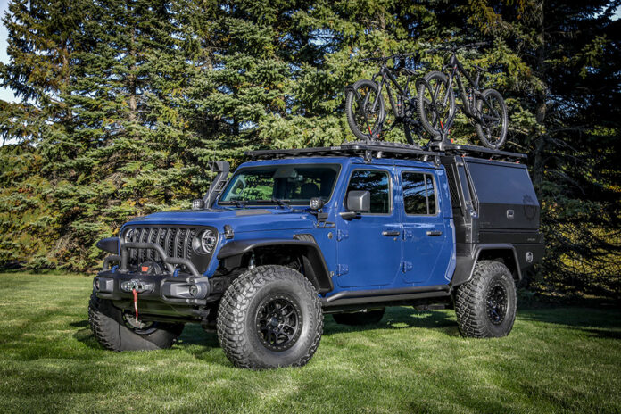 Mopar Introduces Jeep Gladiator Top Dog Concept at SEMA360
