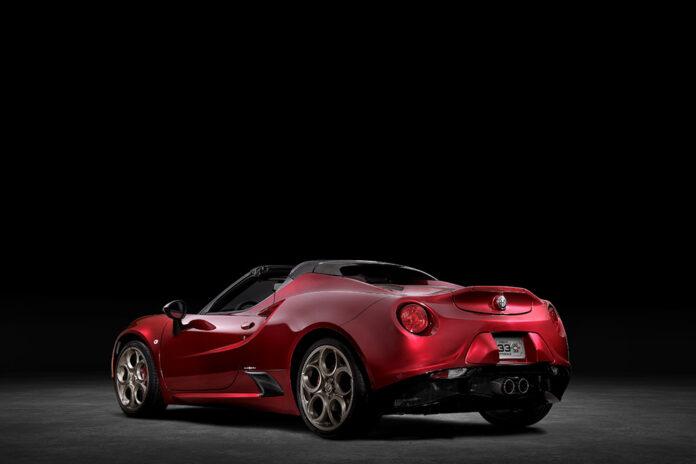 Alfa Romeo Announces 4C Spider 33 Stradale Tributo