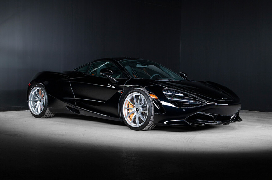 2020 McLaren 720S Coupe - 1,000th delivery in Canada
