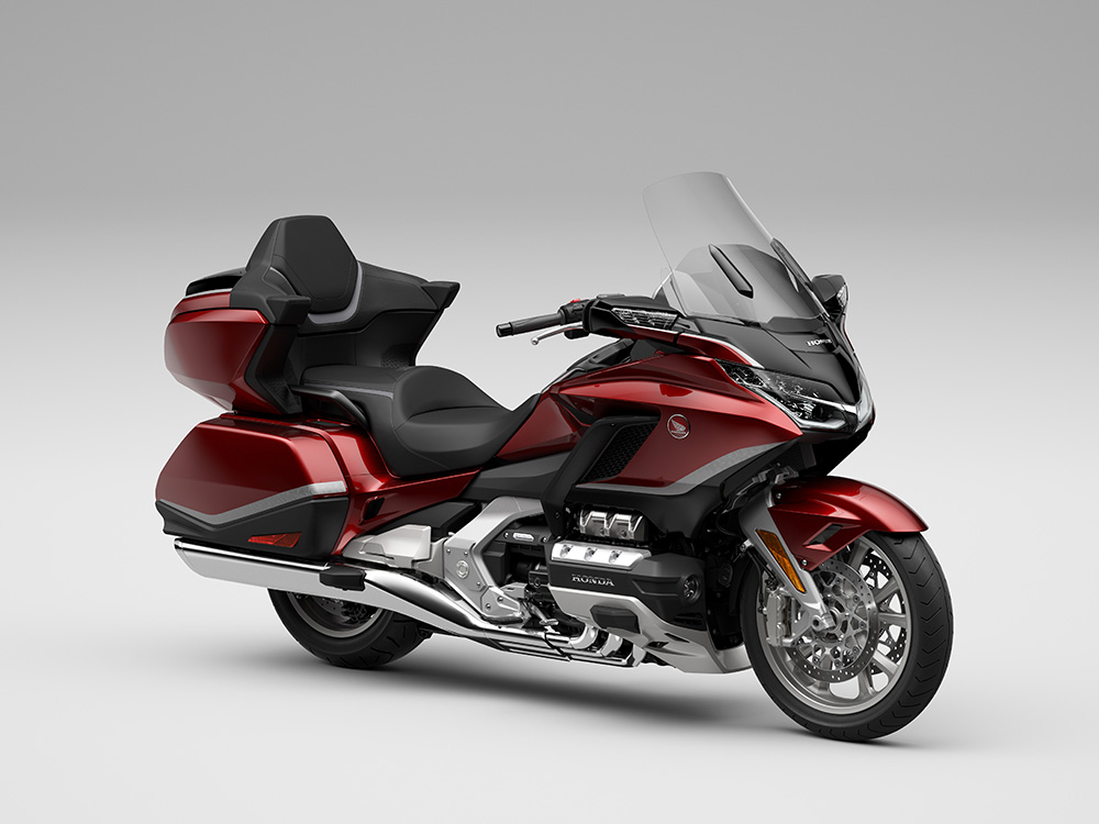 Honda Gold Wing Tour Airbag DCT Candy Ardent Red RF34