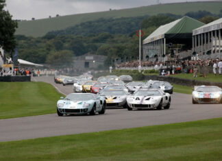 Superformance Ford GT40 Races