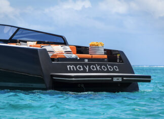 Fairmont Mayakoba Luxury Picnic Experience aboard a Van Dutch Yacht