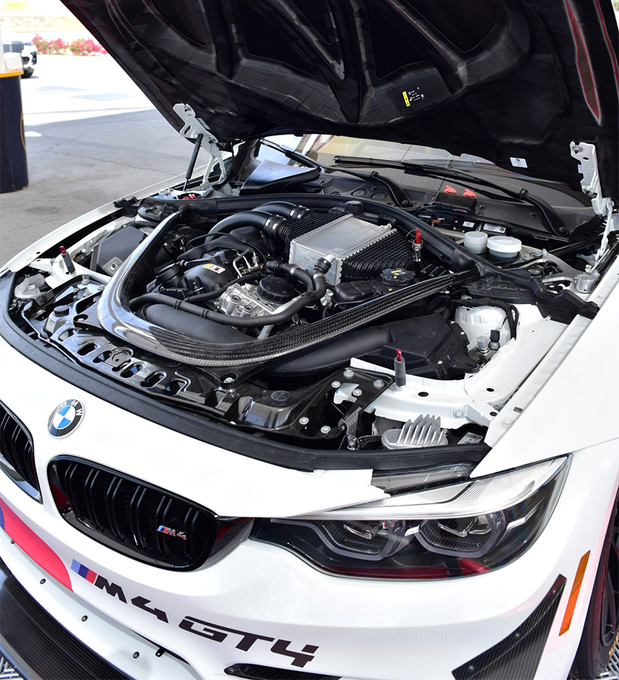 BMW Performance Center Thermal BMW M4 GT4 Experience