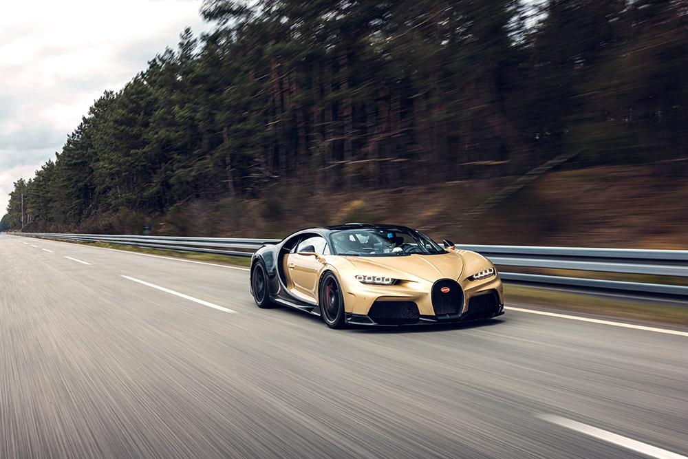 Bugatti Chiron Super Sport High-Speed Testing