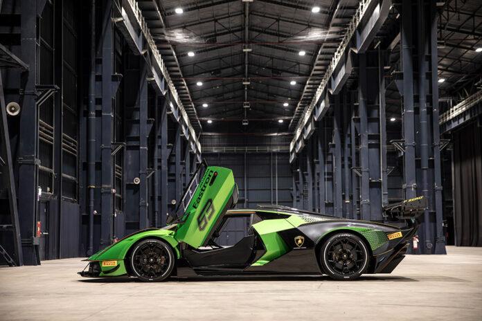 Lamborghini Essenza SCV12 FIA Homologated Carbon Fiber Chassis
