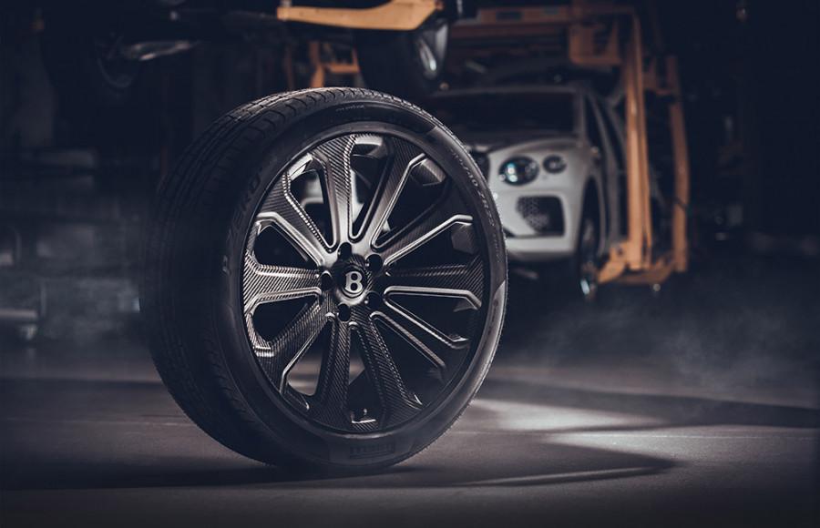 Bentley Mulliner 22 inch Bentayga Carbon Fiber Wheel