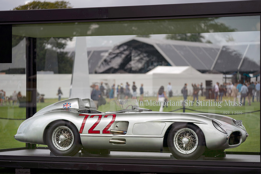 """Mercedes-Benz 300 SLR """"722"""" of Sir Stirling Moss at the British Grand Prix at Silverstone"""