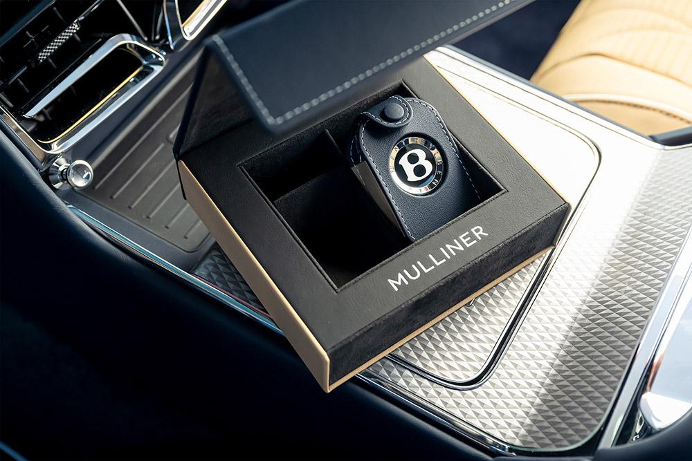 Bentley Flying Spur Mulliner 4-door Grand Tourer