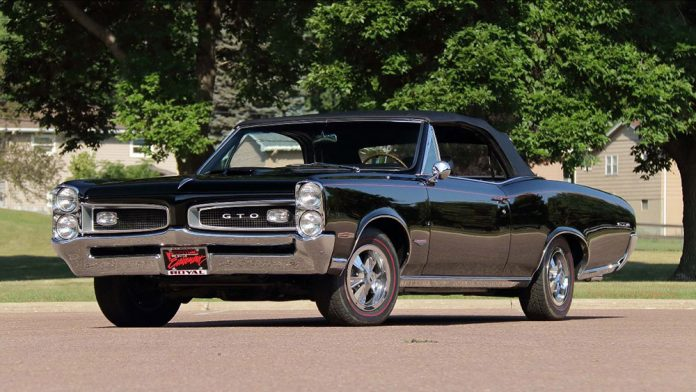 Mecum Auctions October Takeover