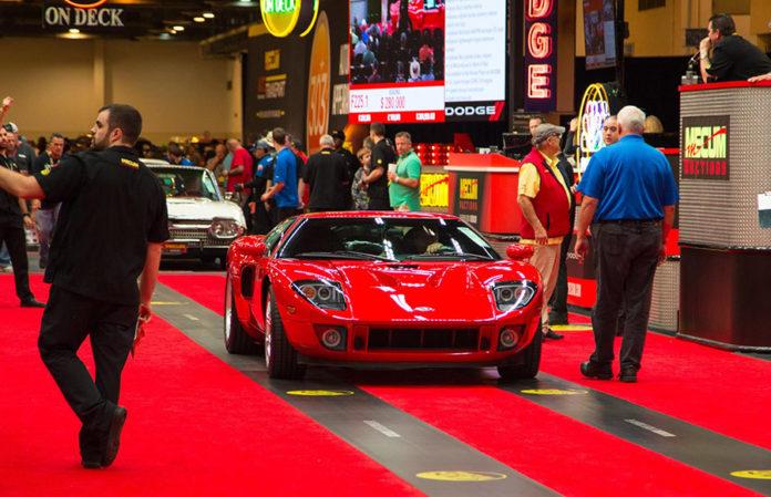Ford Gt  Mecum Houston Auction