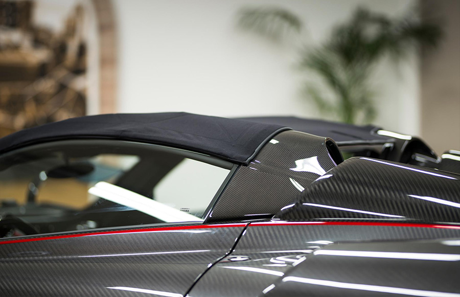 Dainese Pagani Huayra Roadster