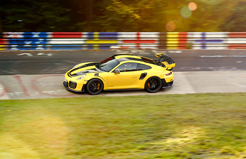 porsche 911 gt2 rs becomes the fastest 911 on the. Black Bedroom Furniture Sets. Home Design Ideas