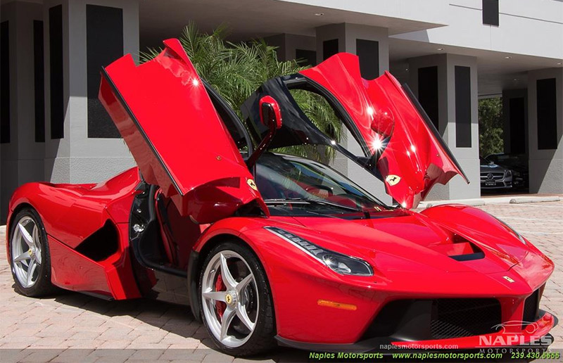 2015 Ferrari Laferrari The Speed Journal