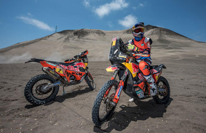 ktm riders ready to race 2018 dakar with ktm 450 rally. Black Bedroom Furniture Sets. Home Design Ideas