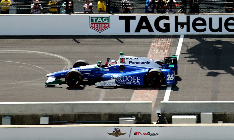 takuma sato becomes first japanese winner of 2017 indy 500 in thrilling finish. Black Bedroom Furniture Sets. Home Design Ideas